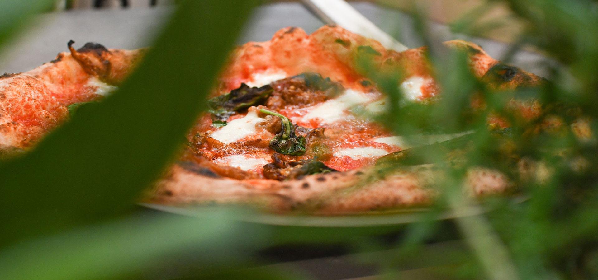 ristorante-hortus-firenze-outdoor-pizza